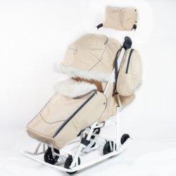 Санки-коляски Pikate Снеговик «Бежевый» (дизайн со стразами, овчина, 3 положения спинки, краска рамы белый)
